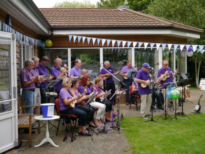 Ely Ukulele Band